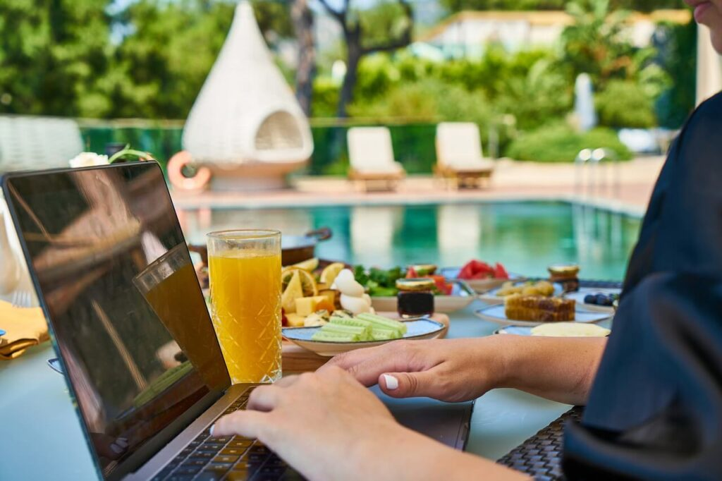 Digital Nomads and Coworking Spaces